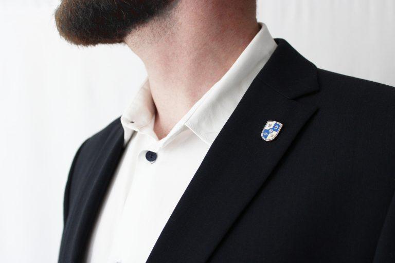 Odznak na sako